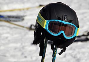 Jak vybrat lyžařskou helmu